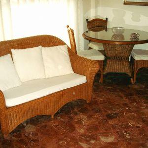 Lavorazione cuscini divani in rattan